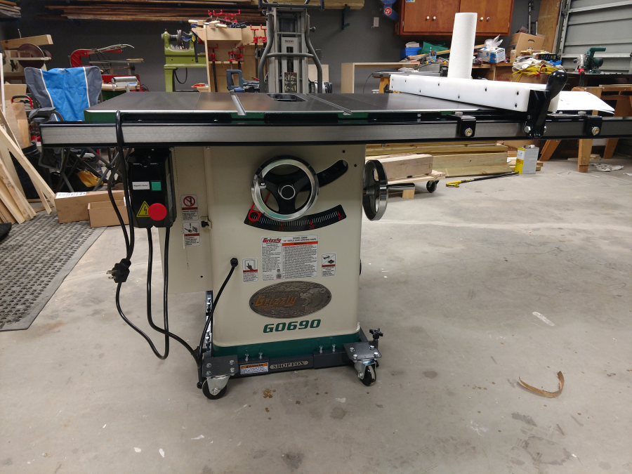 10 3hp 220v cabinet table saw with riving knife grizzly industrial view all customer images keyboard keysfo Gallery