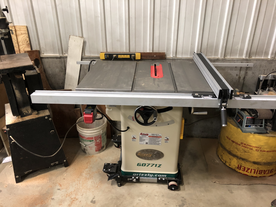 10 hybrid table saw with t shaped fence grizzly industrial over all incredibly satisfied with the table saw im really looking forward to its years of service and the projects to be made go ahead and buy the saw greentooth Gallery