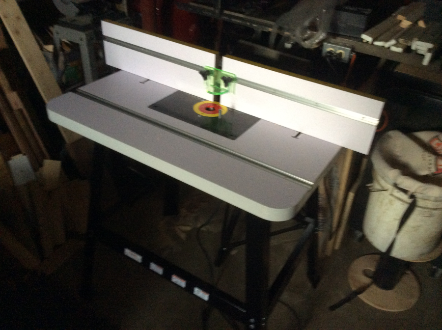 Router table with stand grizzly industrial view all customer images greentooth Gallery