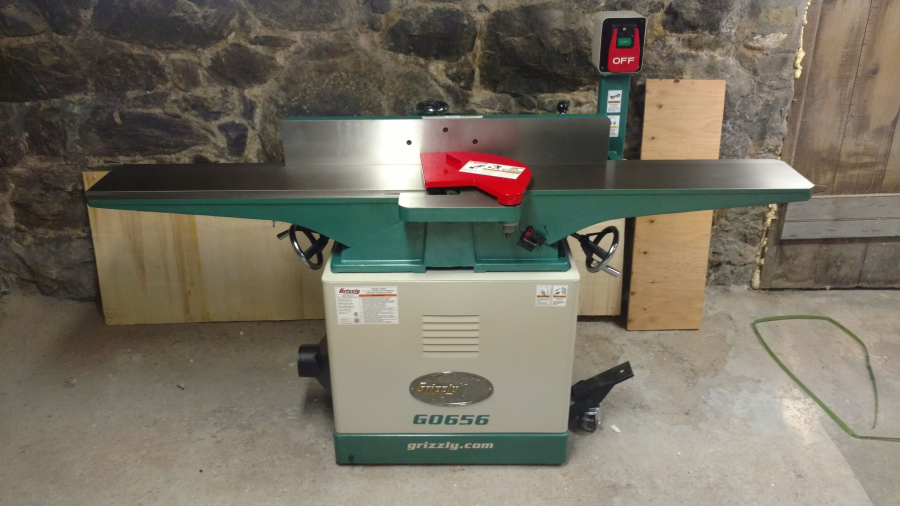 "8"" x 72"" jointer with mobile base 